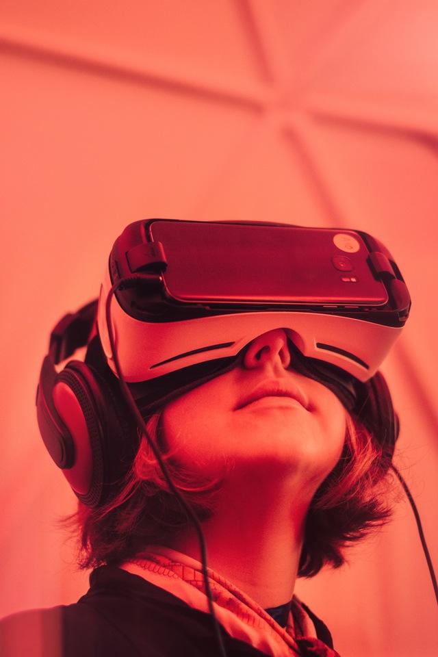 Mobile Virtual Reality - VirtualSpaces View